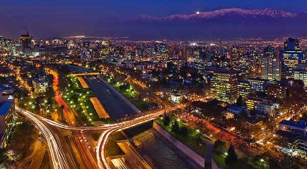 Santiago-Chile.-Autor-Javmoraga.-Licensed-under-the-Creative-Commons-Attribution-Share-Alike-601x330