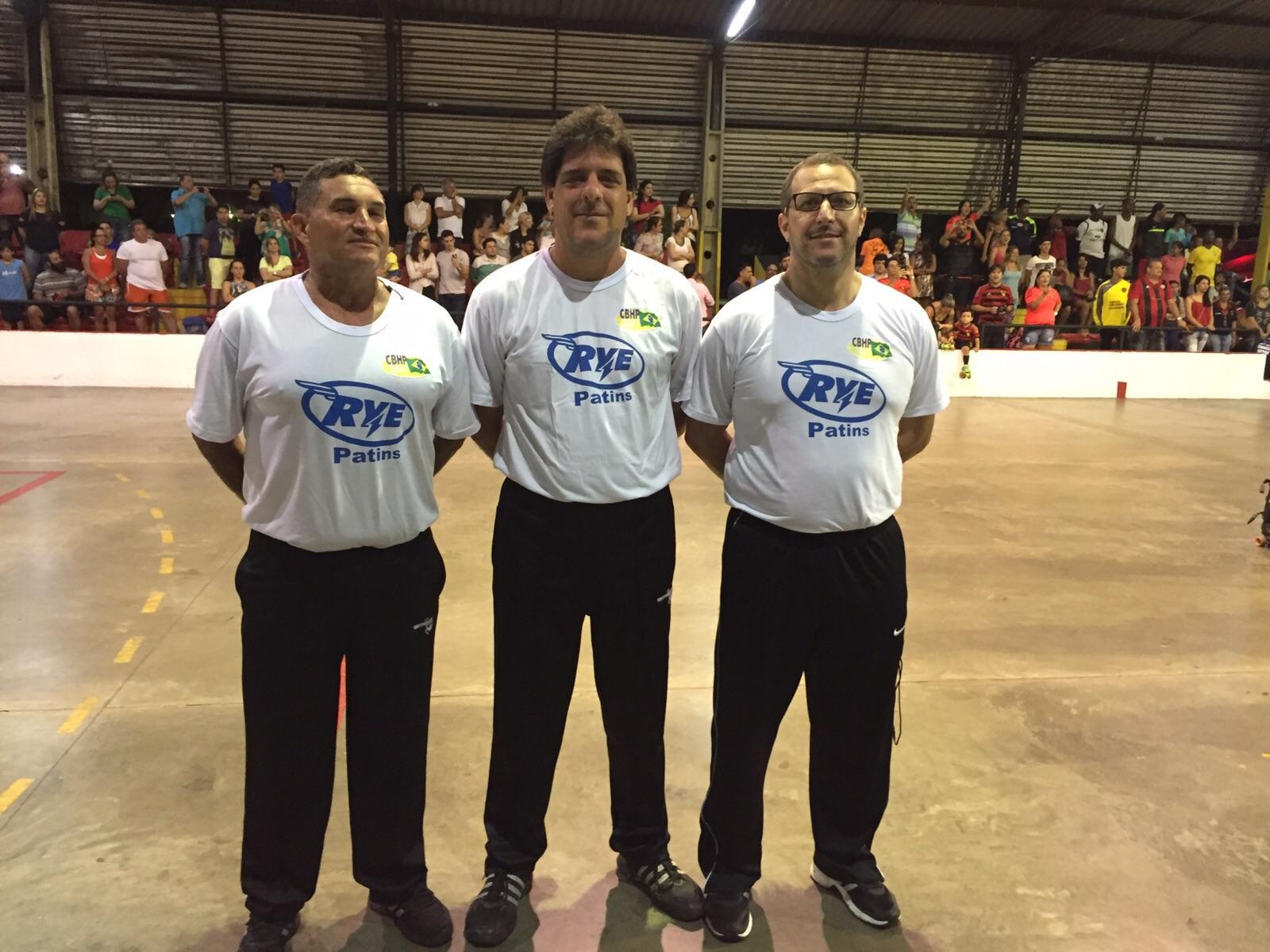 Árbitros internacionais Luis Alexandrino, Leandro Agra e Fernando Madureira